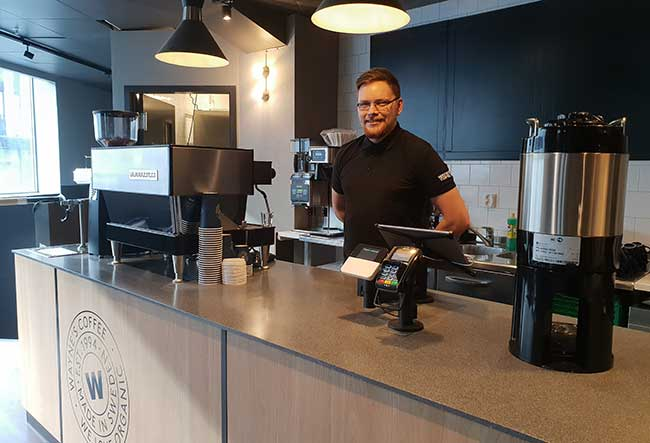 Waynes Coffee - Tony - - Bysenteret Harstad