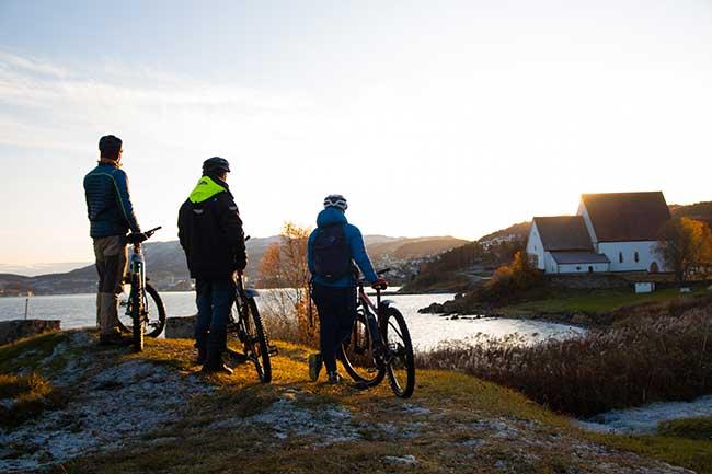 Visit Harstad - Biking - Junit Weber - Harstad sentrum